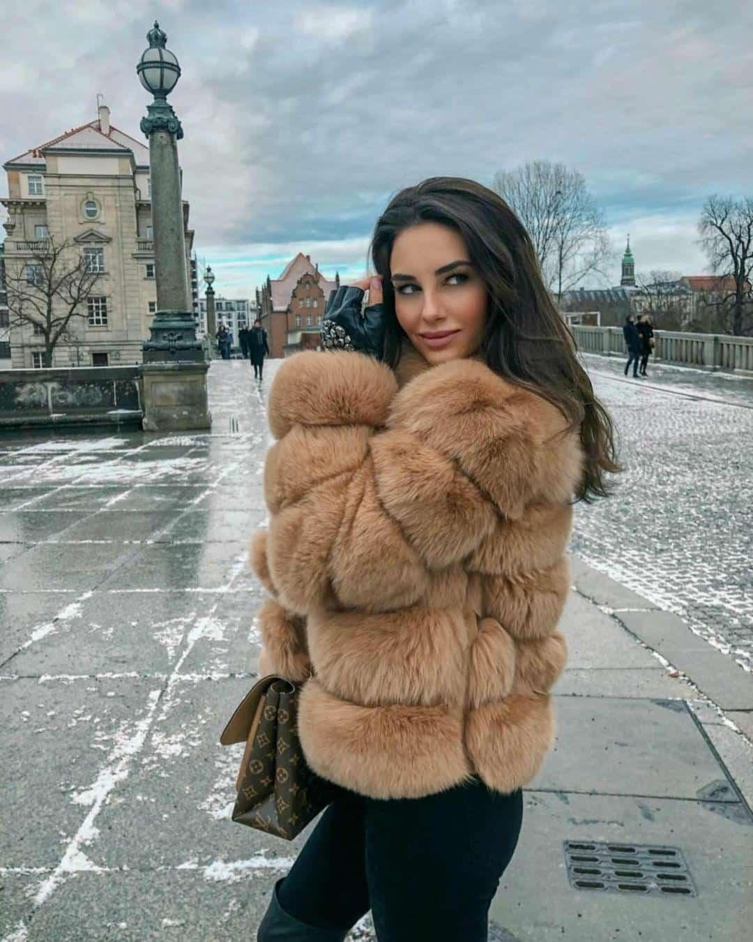 carla-camel-veronika_klimovits-1